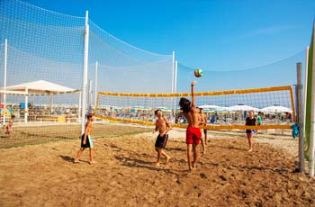 Una partita a beach volley
